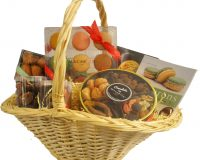 Luxury Holiday Macaron Gift Basket