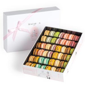 MacaronCafe-Large-Luxury-Gift-Box-Manhattan