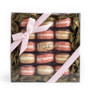 MacaronCafe-Medium-Champagne-Celebration-Box