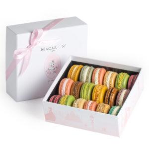 MacaronCafe-Medium-Luxury-Gift-Box-Manhattan